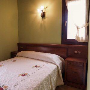 Casa Rural Gaztelubidea-Dormitorio