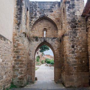 Casa Rural Gaztelubidea. Bernedo. Puerta de la Sarrea