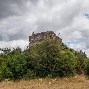 Casa Rural Gaztelubidea. Bernedo. Restos del Castillo