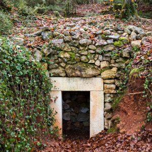 Casa Rural Gaztelubidea. Bernedo. Ruta de los Caleros y la Carbonera